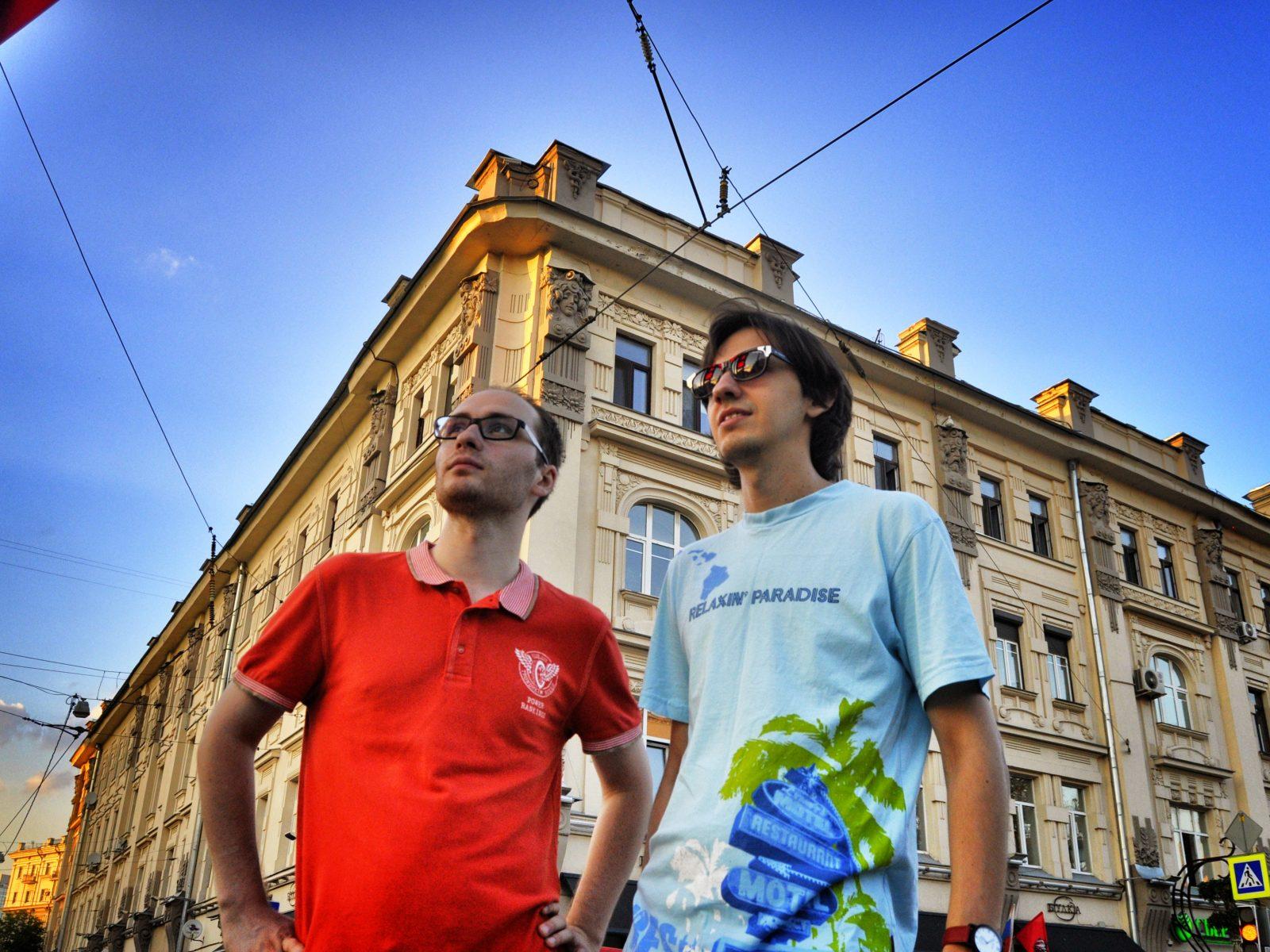 Musicians Alex Voronkov and Levon Grigoryan